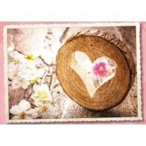 Grußkarte: Herz, Holz & Blumen